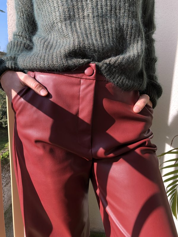 Pantalon Kendall Simili Cuir Bordeaux JANE WOOD 3